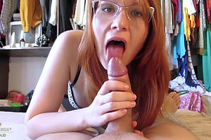 Nerdy college coed enjoys facial